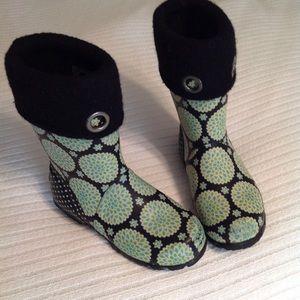 Bogs Miss Becca Dahlia kids rain/snow boots, EUC